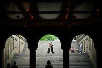 People dance in central park, New York.  06/05/2015. Eduardo MunozAlvarez/VIEWpress