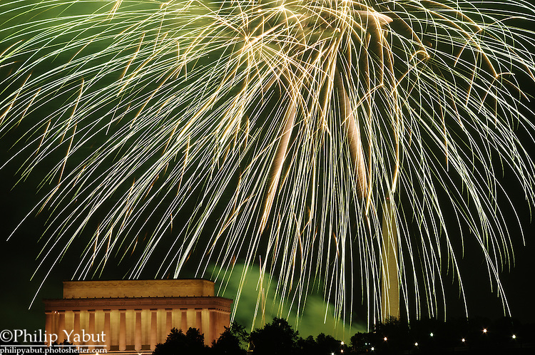 Fireworks light up DC on July 4, 2010.