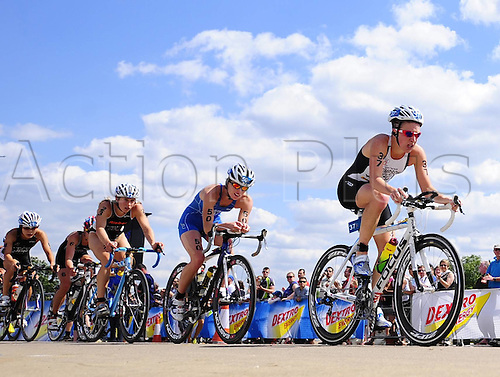 Athletes compete during The Cycling Part of The Elite Women s Race of 2010 Triathlon ITU World Championship London in Hyde Park London Britain July 24 2010