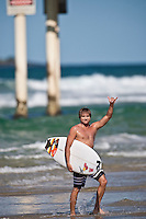 BENJI WEATHERLY (USA)surfing at DURANBAH BEACH, Australia ,   Photo: joliphotos.com