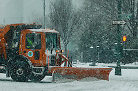 Trucks plow the snow during the pass of the winter storm JONAS, in New York, 01/23/2016. Photo by VIEWpress