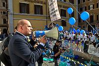 Roma 3 Novembre 2014<br /> Sciopero di 24 ore proclamato dagli infermieri aderenti al  sindacato NurSind contro i tagli alla sanit&agrave;, del Governo Renzi e manifestazione davanti al Parlamento. Negli ospedali sono garantiti soltanto i servizi d&rsquo;urgenza. Nella foto: Massimo Barone deputato Movimento Cinque Stelle.<br /> Rome November 3, 2014 <br /> 24-hour strike announced by the nurses participating in the syndicate NurSind against cuts to health care, of  the government Renzi and rally outside the Parliament. Hospitals are guaranteed only emergency services. Pictured: Massimo  Barone deputy Five Star Movement.