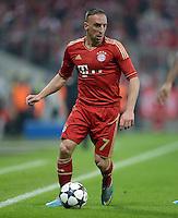 FUSSBALL  CHAMPIONS LEAGUE  HALBFINALE  HINSPIEL  2012/2013      FC Bayern Muenchen - FC Barcelona      23.04.2013 Franck Ribery (FC Bayern Muenchen) Einzelaktion am Ball