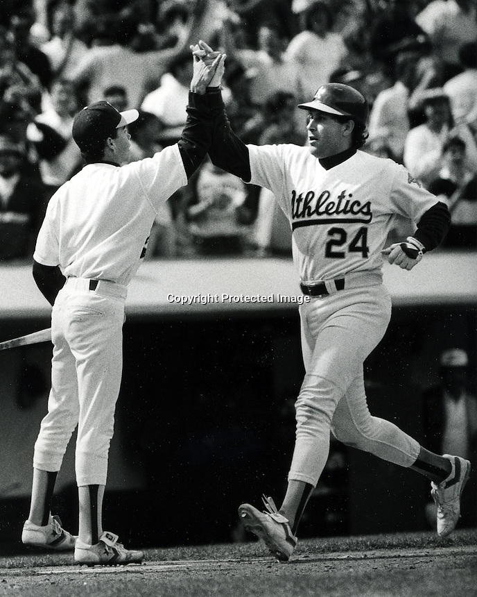 Oakland Athletics Ron Hassey home run. <br />