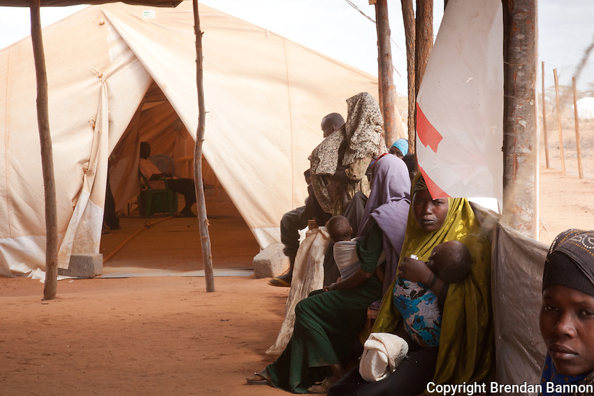 Patients waitto be seen at a new community feeding center run by MSF in Dadaab refugee camp in Kenya.