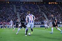 VOETBAL: HEERENVEEN: Abe Lenstra Stadion 29-08-2015, SC Heerenveen - PEC Zwolle, uitslag 1-1, Sam Larsson (#11), ©foto Martin de Jong