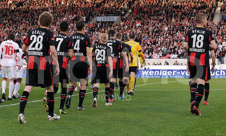 Fussball 1. Bundesliga :  Saison   2009/2010   13. Spieltag   21.11.2009 VfB Stuttgart - Hertha BSC Berlin ,  Abgang von Hertha