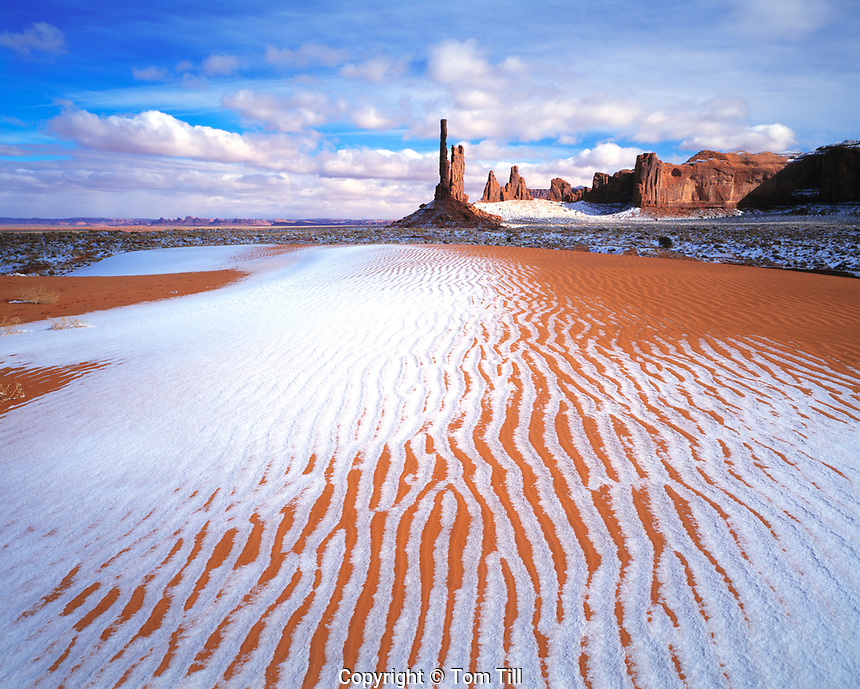 Dunes & Totem Pole in Winter, Monument Valley Tribal Park, Arizona / Utah  Rare winter snow