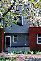Davids-Killory: Daybreak Grove, Escondido. Standard single-family unit. (Photo '04)
