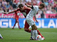 FUSSBALL   1. BUNDESLIGA  SAISON 2012/2013   3. Spieltag FC Bayern Muenchen - FSV Mainz 05     15.09.2012 Mario Mandzukic (li, FC Bayern Muenchen) gegen Niko Bungert (1. FSV Mainz 05)
