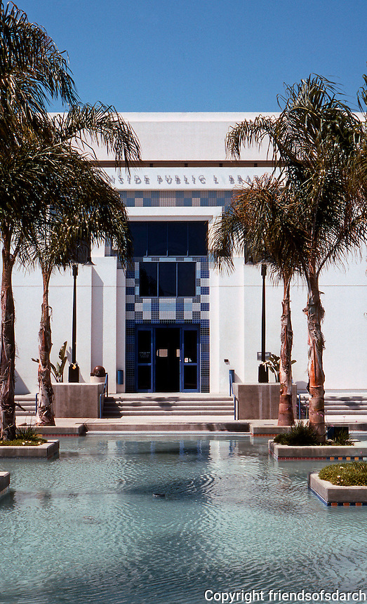 Charles Moore: Oceanside Public Library Entrance. (Photo '91)
