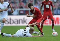 FUSSBALL   1. BUNDESLIGA  SAISON 2012/2013   3. Spieltag FC Bayern Muenchen - FSV Mainz 05     15.09.2012 Elkin Soto (li, 1. FSV Mainz 05) gegen Javi , Javier Martinez (FC Bayern Muenchen)