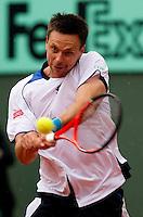 Robin Soderling (SWE) (5) against Roger Federer (SUI) (1) in the quarter finals of the men's singles. Robin Soderling beat Roger Federer 3-6 6-3 7-5 6-4..Tennis - French Open - Day 10 - Tue 1 June 2010 - Roland Garros - Paris - France..© CameraSport-MIKE FREY - 43 Linden Ave. Countesthorpe. Leicester. England. LE8 5PG - Tel: +44 (0) 116 277 4147 - admin@camerasport.com - www.camerasport.com