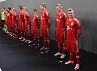 FUSSBALL     1. BUNDESLIGA     SAISON  2012/2013     30.07.2012 Fototermin beim  FC Bayern Muenchen  Philipp Lahm, Holger Badstuber, Bastian Schweinsteiger, Xherdan Shaqiri (v. li.)