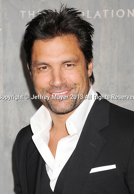 HOLLYWOOD, CA- DECEMBER 02: Actor Manu Bennett arrives at the 'The Hobbit: The Desolation Of Smaug' at the Dolby Theater on December 2, 2013 in Hollywood, California.