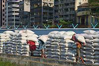 Life along the Yangon River