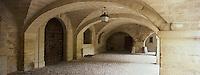 Europe/France/Languedoc-Roussillon/30/Gard/ Uzès: Les arcades de l'Hôtel de la Rochette