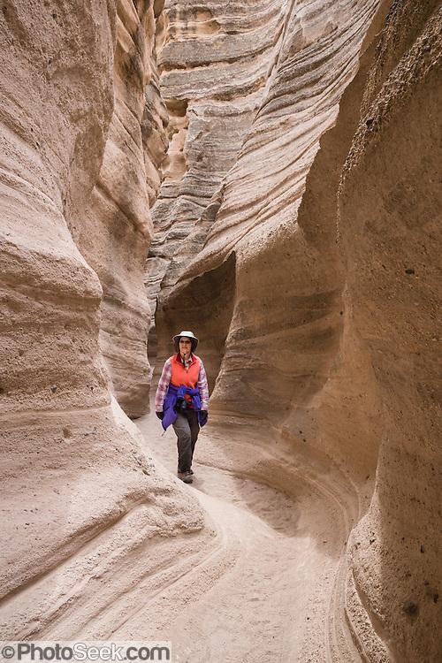 easy slot canyon hikes