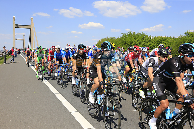 The peloton, including Philip Deignan and Nicolas Roche (IRL) Team Sky, cross Prince Willem Alexander Bridge over the River Waal during Stage 2 of the 2016 Giro d'Italia running 190km from Arnhem to Nijmegen, The Nethrerlands. 7th May 2016.<br /> Picture: Eoin Clarke | Newsfile<br /> <br /> <br /> All photos usage must carry mandatory copyright credit (&copy; Newsfile | Eoin Clarke)