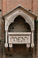 Detail of funerary monument on facade, 1346, Chiesa S. Giorgetto dei Domenicani, also known as S. Pietro Martire, 1283, Verona, Italy. The niched monument represents Bavarino Crescenzi, doctor, holding a lesson. Picture by Manuel Cohen.