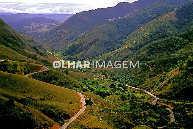 Serra em Domingos Martins. Espírito Santo. 1988. Foto de Juca Martins.
