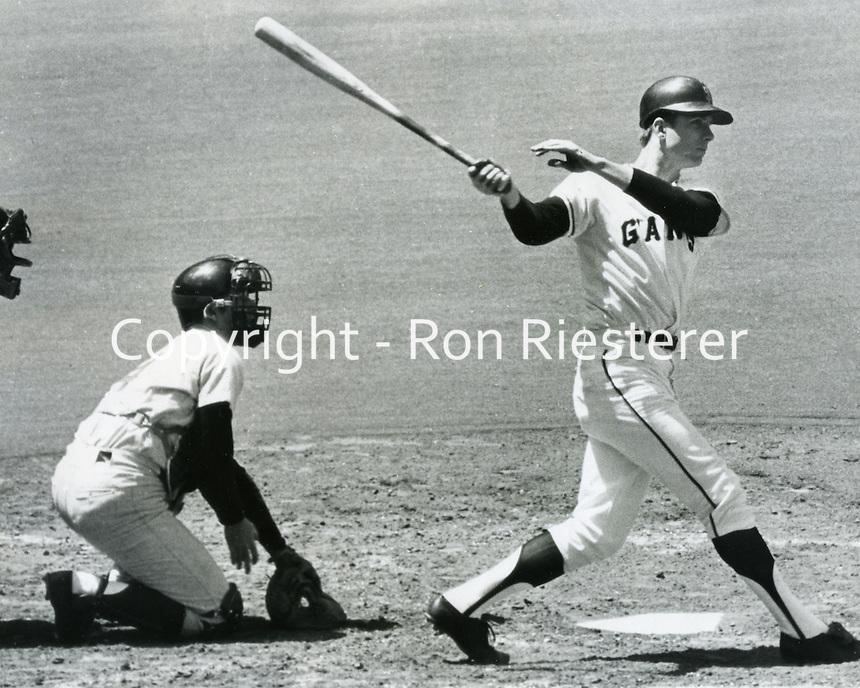 San Francisco Giants outfielder Ken Henderson.<br />(photo 1968 photo/Ron Riesterer/photoshelter)