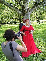 mariage de fabienne THIBAULT avec Christian Montagnac &agrave; castelnaud la chapelle le 22 ao&ucirc;t 2015, parc des Milandes ancienne propri&eacute;t&eacute; de Jos&eacute;phine Baker <br /> <br /> sa fille Zo&eacute;  les prend en photo!<br /> <br /> pas de credit;--merci<br /> <br /> <br /> <br /> -----------<br /> &copy;  DANISKA/DALLE
