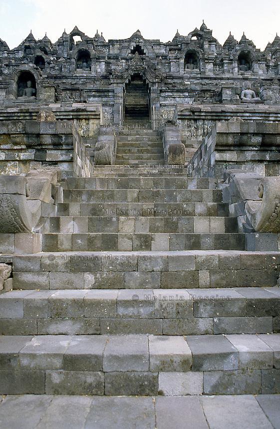 Central Java, Indonesia: details of the Borobudur temple.<br /> Indonesia, Giava: dettagli del tempio Borobudur..