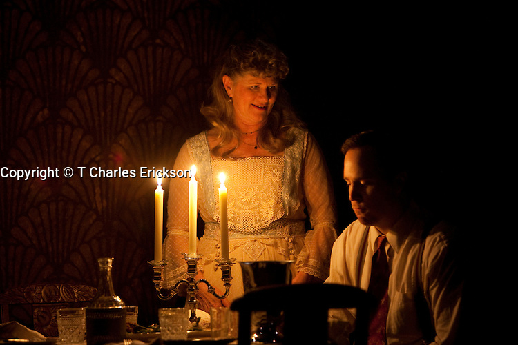The Glass Menagerie, by Tennessee Williams, directed by Gordon Edelstein at The Long Wharf Theatre 5/13/09-6/7/09.Scenic Design: Michael Yeargan.Lighting Design: Jennifer Tipton.Costume Design: Martin Pakledinaz.© T Charles Erickson.tcepix@comcast.net.http://pa.photoshelter.com/c/tcharleserickson.