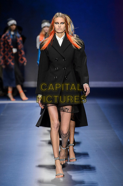 VERSACE<br /> at Milan Fashion Week FW 17 18<br /> in Milan, Italy  February 2017.<br /> CAP/GOL<br /> &copy;GOL/Capital Pictures