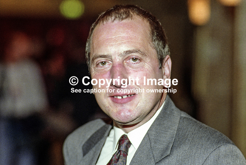 Ron Davies, MP, Labour Party, UK, taken annual conference, October 1992. 19921017RD..Copyright Image from Victor Patterson, 54 Dorchester Park, Belfast, UK, BT9 6RJ..Tel: +44 28 9066 1296.Mob: +44 7802 353836.Voicemail +44 20 8816 7153.Skype: victorpattersonbelfast.Email: victorpatterson@me.com.Email: victorpatterson@ireland.com (back-up)..IMPORTANT: If you wish to use this image or any other of my images please go to www.victorpatterson.com and click on the Terms & Conditions. Then contact me by email or phone with the reference number(s) of the image(s) concerned.