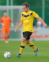 Fussball, 2. Bundesliga, Saison 2011/12, Testspiel SG Dynamo Dresden - Slovan Liberec, Pirna. Dresdens Maik Kegel am Ball.