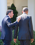 United States President Barack Obama and Prime Minister Matteo Renzi of Italy depart after holding a joint press conference in the Rose Garden of the the White House in Washington, DC on Tuesday, October 18, 2016. <br /> Credit: Ron Sachs / CNP