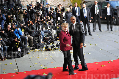 Nov.18-16 Chancellery,Berlin,Germany<br /> Outgoing US president, Barack Obama is<br /> welcomed by the German Chancellor Angela Merkel