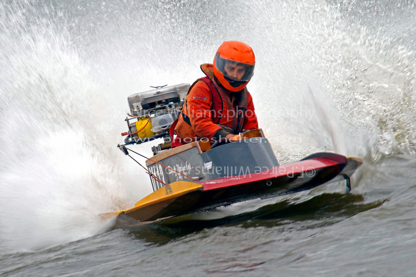 V-113   (Outboard Hydroplane)
