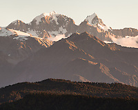 Sunset over Southern Alps with Aoraki Mount Cook and Mount Tasman, Westland Tai Poutini National Park, West Coast, UNESCO World Heritage Area, New Zealand, NZ