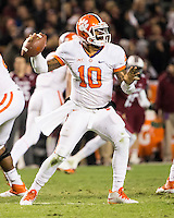 The tenth ranked South Carolina Gamecocks host the 6th ranked Clemson Tigers at Williams-Brice Stadium in Columbia, South Carolina.  USC won 31-17 for their fifth straight win over Clemson.  Clemson Tigers quarterback Tajh Boyd (10)