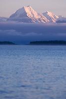 Sunrise at Mount Cook over lake Pukaki