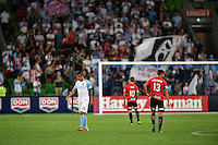 Melbourne, 6 January 2017 - in the round 14 match of the A-League between Melbourne City and Western Sydney Wanderers at AAMI Park, Melbourne, Australia. Melbourne won 1-0 (Photo Sydney Low / sydlow.com)