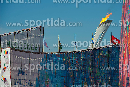 14.02.2014, Olympic Park, Adler, RUS, Sochi, 2014, Feature, im Bild 14 02 2014, Sochi, Olympische Winterspiele Sochi - Olympisches Feuer;<br /><br />(Urs Lindt/freshfocus) // during the Olympic Winter Games Sochi 2014 at the Olympic Park in Adler, Russia on 2014/02/14. EXPA Pictures &copy; 2014, PhotoCredit: EXPA/ Freshfocus/ Urs Lindt<br /> <br /> *****ATTENTION - for AUT, SLO, CRO, SRB, BIH, MAZ only*****