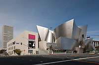 Elevation view of Walt Disney Concert Hall, Los Angeles from Grand Avenue; the Dorothy Chandler Pavilion is to the right in the rear.