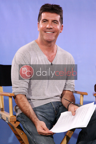 Simon Cowell<br />at the signing of &quot;America's Got Talent&quot; Winner first U.S. signing to Columbia Records/Syco. NBC Burbank, Burbank, CA 09-25-06<br />Dave Edwards/DailyCeleb.com 818-249-4998