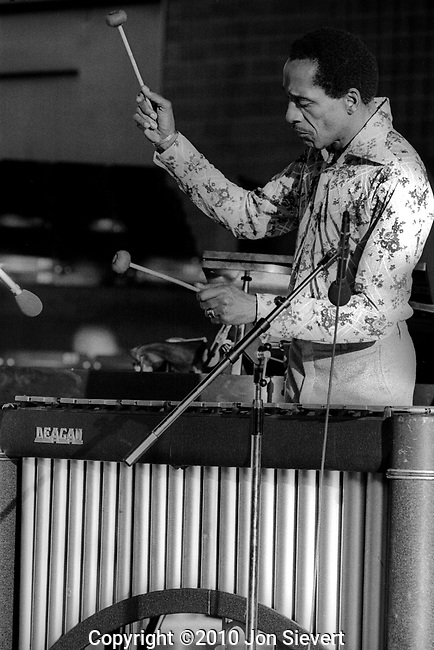 Milt Jackson, July 1975, Concord Summer Festival. 16-22-33A, an American jazz vibraphonist, usually thought of as a bebop player, although he performed in several jazz idioms. He is especially remembered for his coolly swinging solos as a member of the Modern Jazz Quartet and his penchant for collaborating with several hard bop and post-bop players.