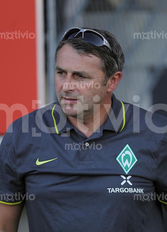 FUSSBALL     1. BUNDESLIGA     SAISON 2010/2011     TESTSPIEL   20.07.2010  SSV Reutlingen - SV Werder Bremen       SV Werder Bremen Manager Klaus Allofs