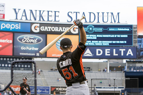 Ichiro Suzuki (Marlins),<br /> JUNE 17, 2015 - MLB :<br /> Ichiro Suzuki of the Miami Marlins during batting practice before the Major League Baseball game against the New York Yankees at Yankee Stadium in the Bronx, New York, United States. (Photo by Thomas Anderson/AFLO) (JAPANESE NEWSPAPER OUT)