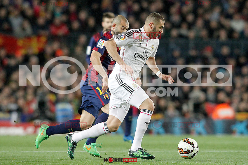 FC Barcelona's Javier Mascherano (l) and Real Madrid's Karim Benzema during La Liga match.March 22,2015. (ALTERPHOTOS/Acero) /NORTEphoto.com