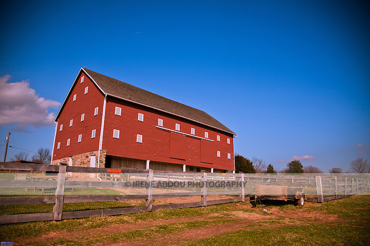 At the Agricultural History Farm Park in Derwood, Maryland, an old red barn lends an old-time feel to couples seeking a rustic wedding theme.  The Agricultural History Farm Park is a wedding and event venue operated by Montgomery County Parks.