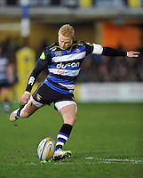 Tom Homer of Bath Rugby kicks for the posts. Aviva Premiership match, between Bath Rugby and Gloucester Rugby on February 5, 2016 at the Recreation Ground in Bath, England. Photo by: Patrick Khachfe / Onside Images
