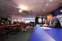 VOETBAL: HEERENVEEN: Abe Lenstra Stadion 26-10-2015, SC Heerenveen, Jelko van der Wiel maakt bekend aan het personeel en de pers dat hij opstapt als voorzitter in het belang van de club, Links Persvoorlichter Erik Kofman, ©foto Martin de Jong