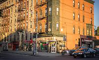 Corner liquor store in the Williamsburg neighborhood of Brooklyn in New York on Thursday, May 14, 2015. (© Richard B. Levine)